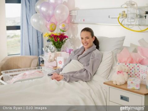 10 id es cadeaux pour une jeune maman. Black Bedroom Furniture Sets. Home Design Ideas